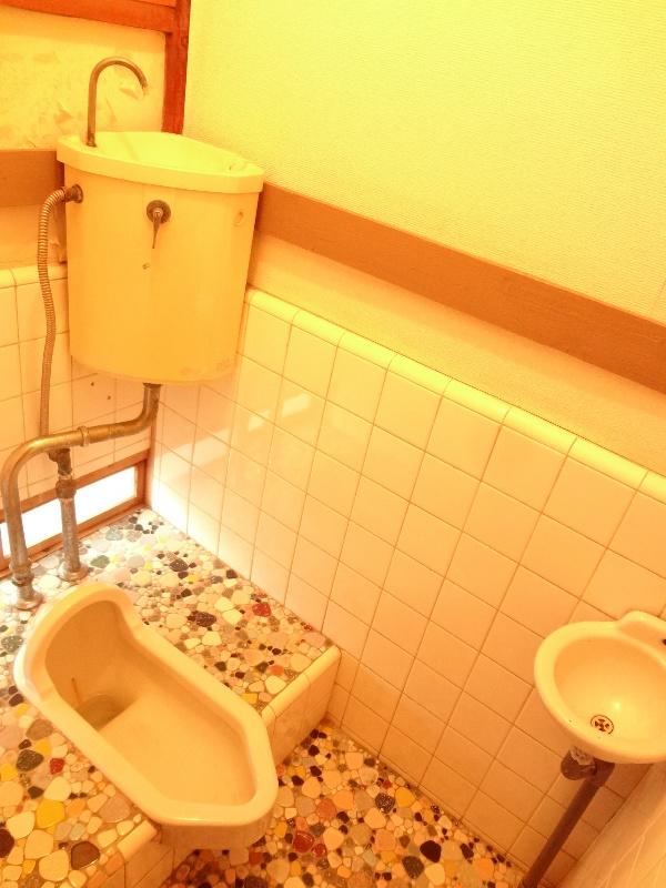江戸川区東小岩2丁目松丸荘のトイレ