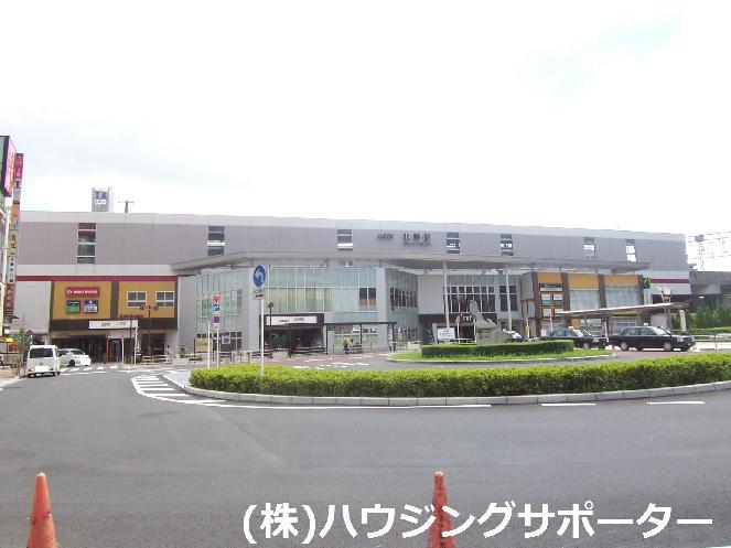 ショッピング施設:京王リトナード北野 2253m