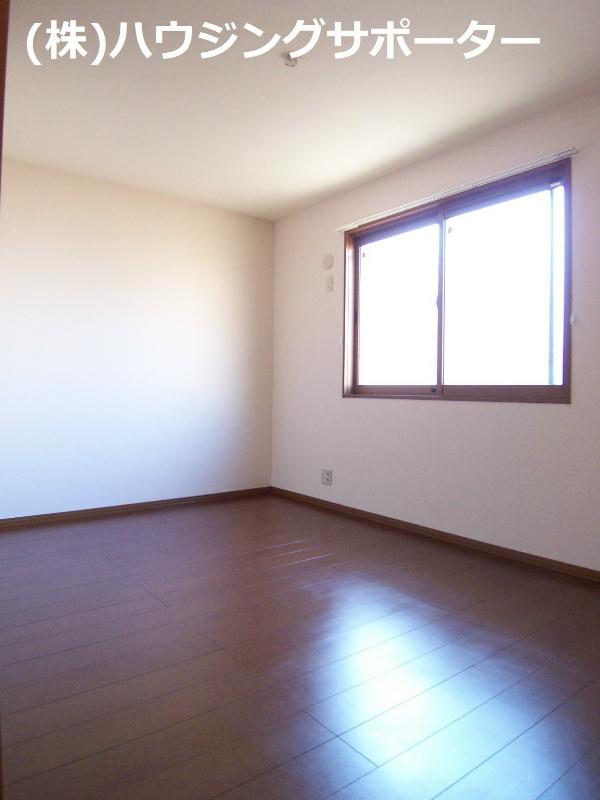 奥の洋室です
