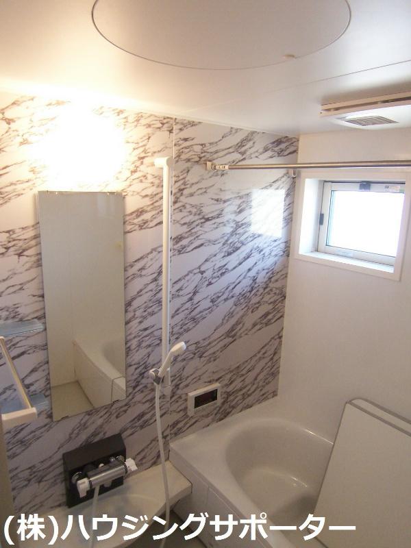 おしゃれな壁のお風呂です!