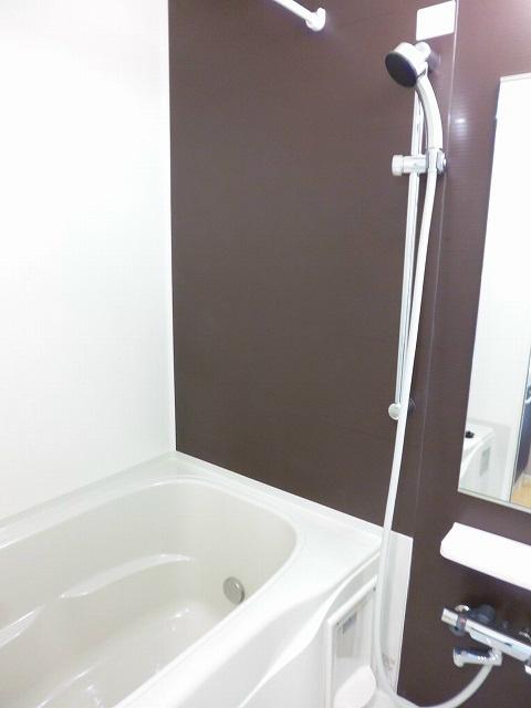 追い炊き・浴室乾燥ついています!