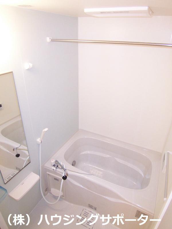 追い炊き・浴室乾燥がついています!