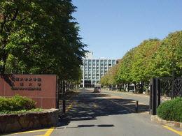 図書館:札幌大学図書館 1627m