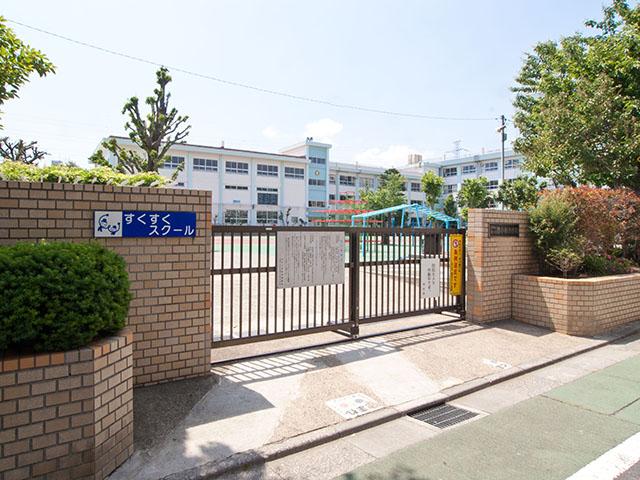 小学校:江戸川区立西小岩小学校 613m