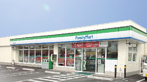 コンビ二:ファミリーマート オークタウン北店 2509m