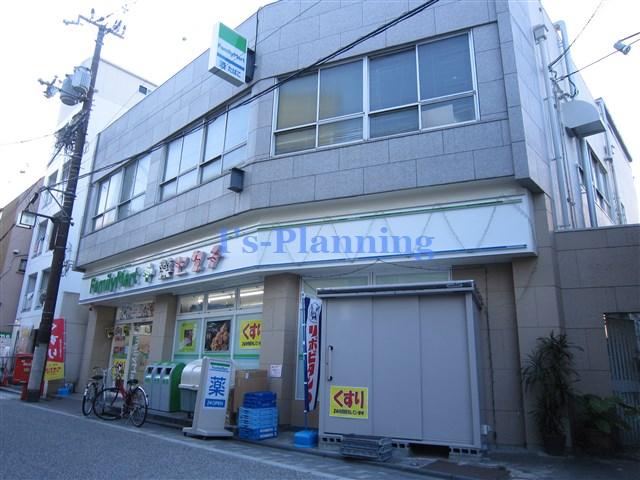コンビ二:ファミリーマート 薬ヒグチ中書島駅前店 2m