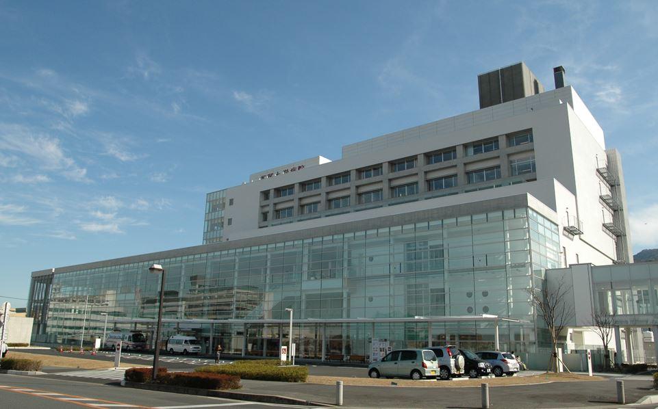 総合病院:福岡大学病院 3300m