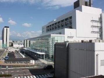 総合病院:福岡大学病院 2400m