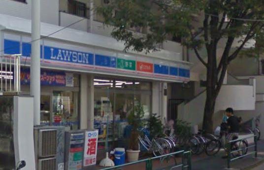 コンビ二:ローソン 日体大前店 324m 近隣