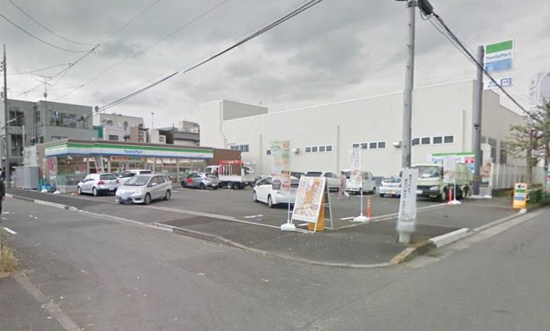 コンビ二:ファミリーマート 八王子明神町店 465m