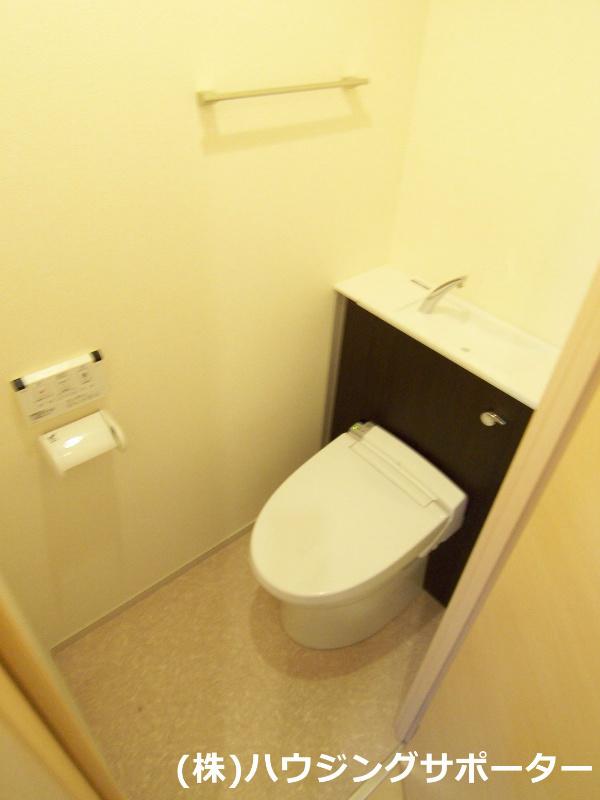 トイレは温水洗浄便座です!
