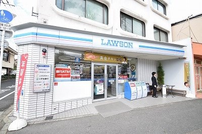 コンビ二:ローソン わら天神前店 131m