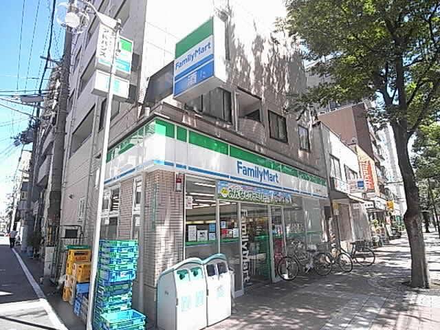 コンビ二:ファミリーマート 西宮戸田町店 126m