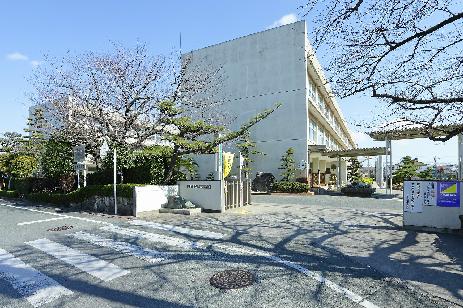 小学校:市立萩丘小学校 1150m