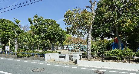 公園:小豆餅公園 330m