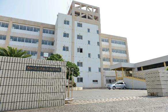 高校・高専:静岡県立浜松北高校 1560m