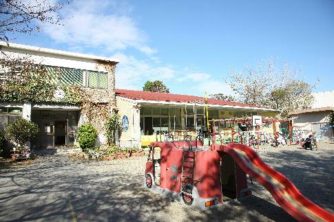 幼稚園:松城幼稚園 320m