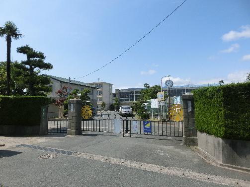 小学校:浜松市立広沢小学校 1189m