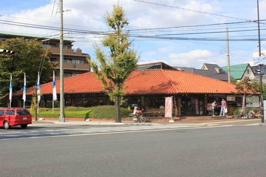レストラン:神戸屋レストラン 甲子園店 332m
