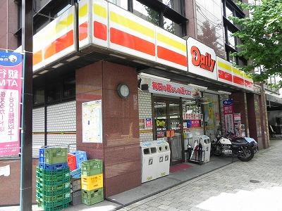 コンビ二:デイリーヤマザキ 河原町二条店 502m