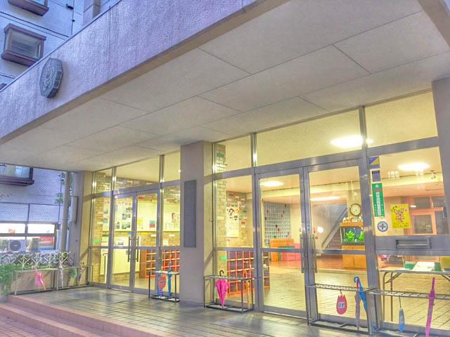 幼稚園:中央区立 月島第一幼稚園 183m
