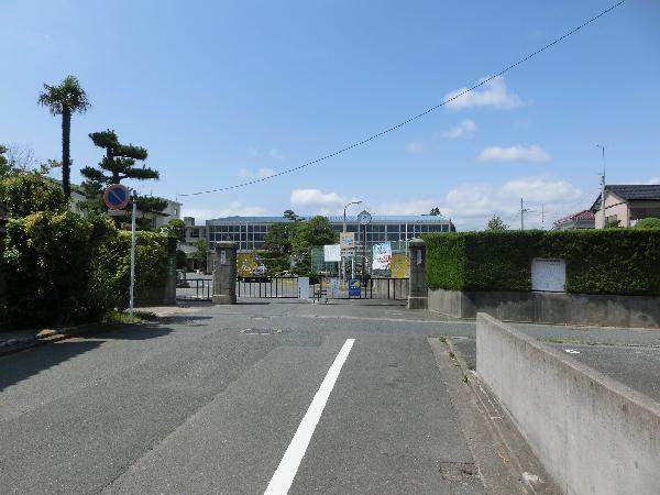小学校:浜松市立広沢小学校 1991m