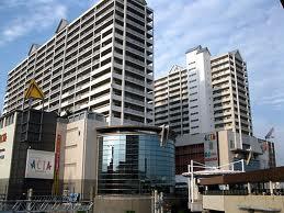 ショッピング施設:ACTA西宮 421m