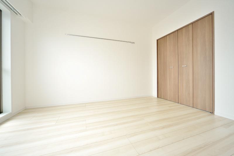 洋室にはピクチャーレールもあります!