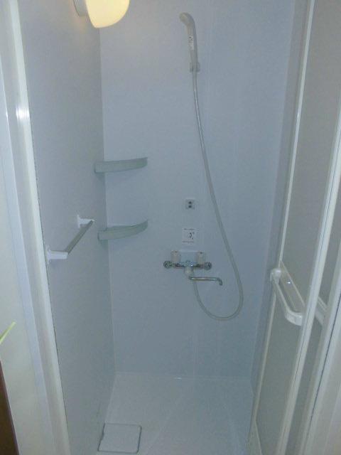 シャワーユニット新設