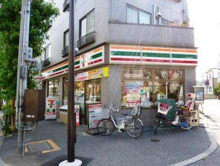 コンビ二:セブンイレブン 世田谷代沢3丁目店 450m 近隣