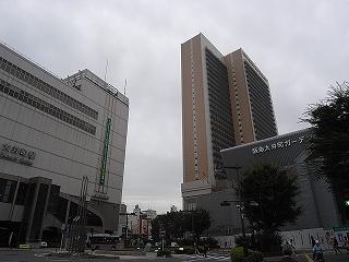 ショッピング施設:阪急百貨店大井食品館 635m