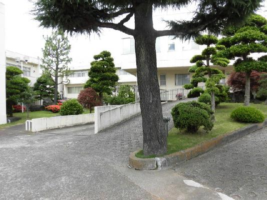 総合病院:有隣病院 491m