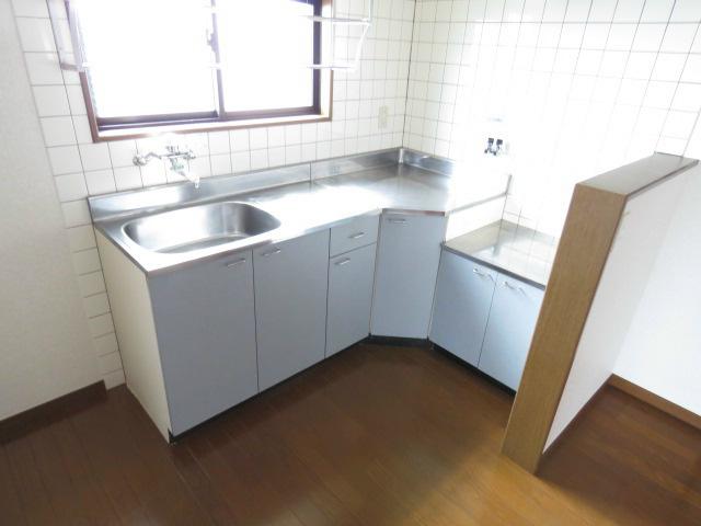料理のしやすいL型キッチン。