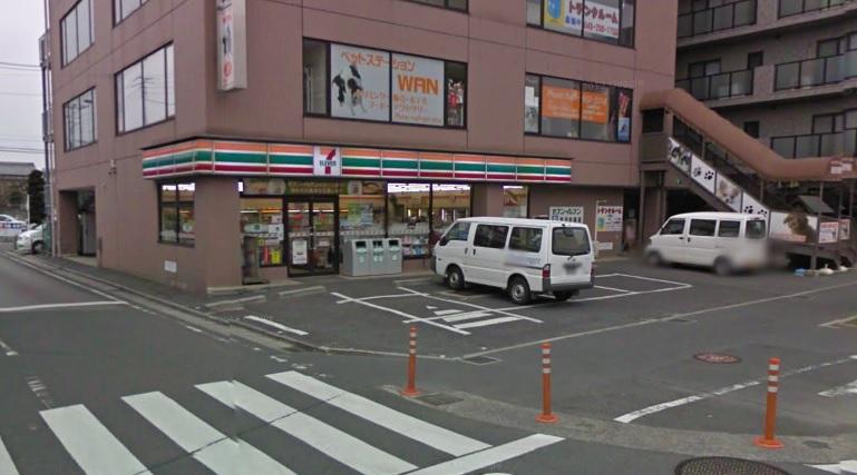 コンビ二:セブンイレブン 三郷駅南店 238m