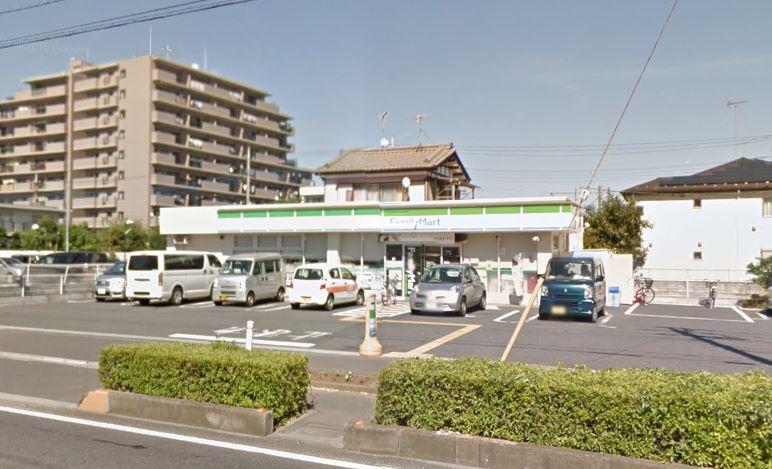 コンビ二:ファミリーマート 三郷早稲田一丁目店 263m