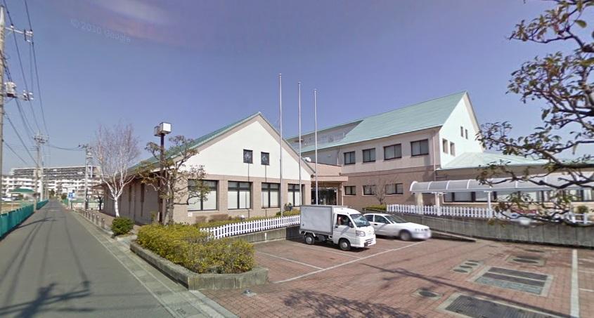図書館:三郷市立早稲田図書館 1836m
