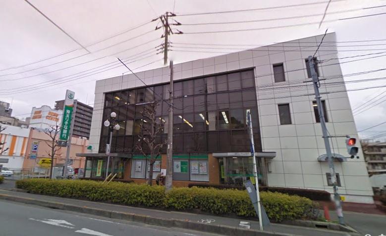 銀行:埼玉りそな銀行 三郷支店 385m