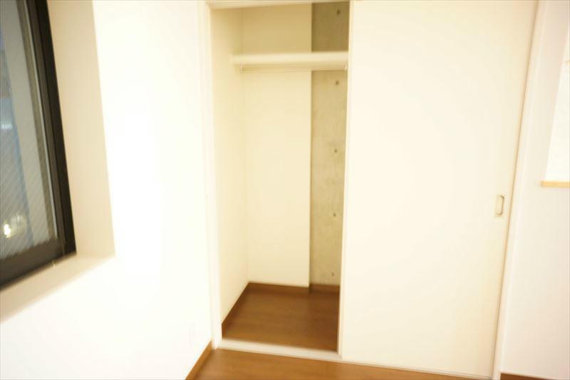 3階洋室に収納クローゼットあり