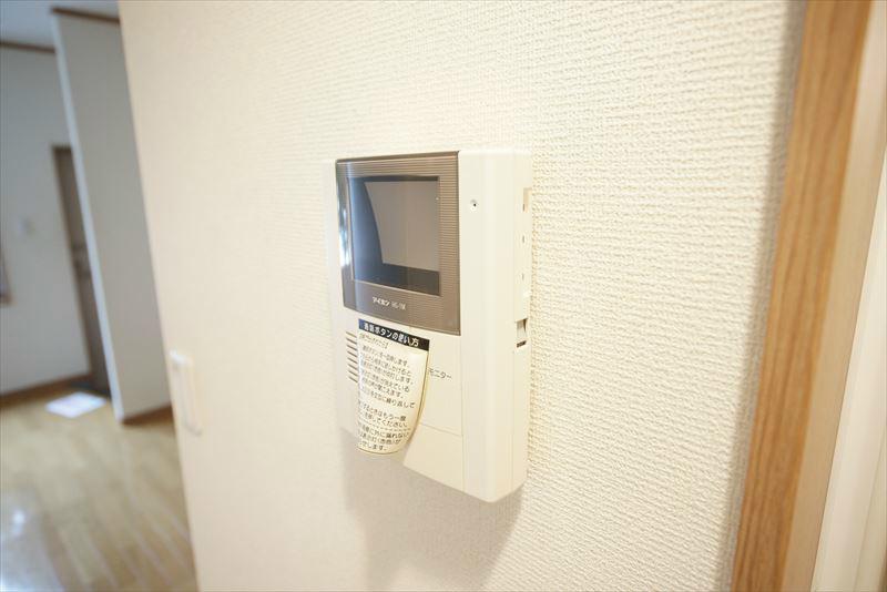 TVモニター付きインターフォンで安心です