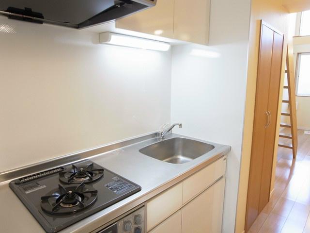 システムキッチンガス2口で毎日の料理が楽しくなりますね。