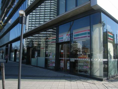 コンビ二:セブンイレブン 晴海3丁目店 349m
