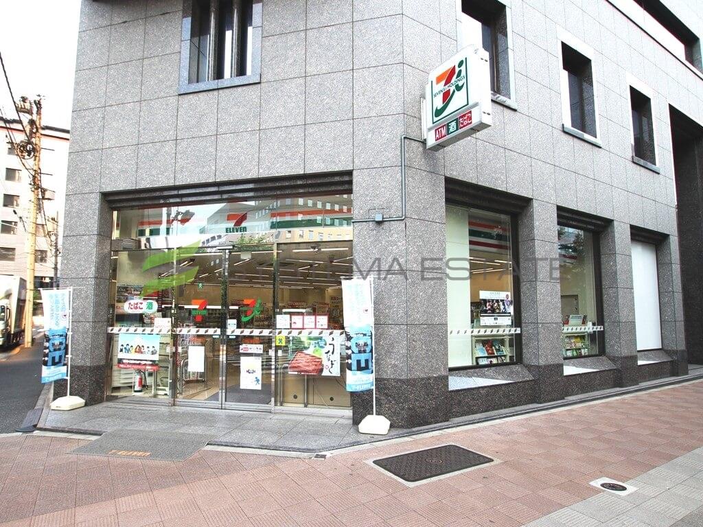 コンビ二:セブンイレブン 中央区入船3丁目店 73m