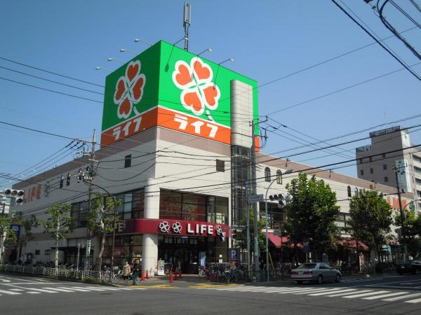 スーパー:ライフ 深川猿江店 342m