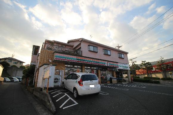 コンビ二:セブンイレブン 下関稗田店 768m