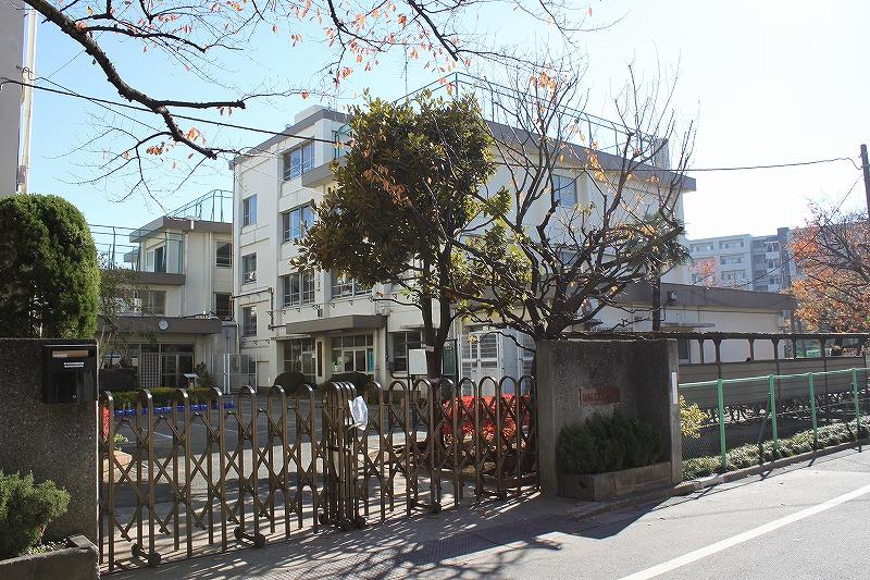 小学校:練馬区立豊玉東小学校 457m
