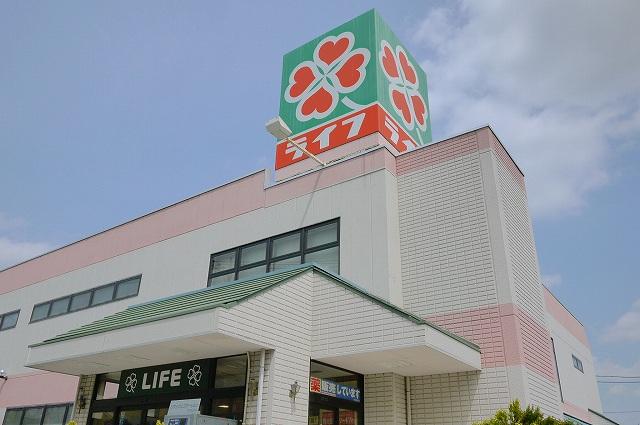 スーパー:ライフ 石神井台店 429m