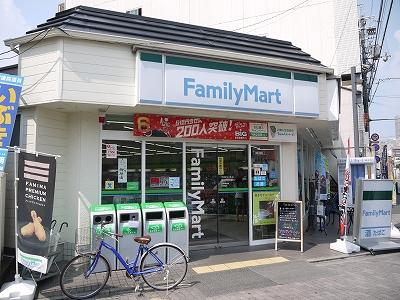コンビ二:ファミリーマート 烏丸今出川店 437m