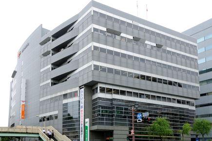 郵便局:藤沢郵便局 407m