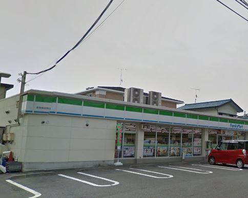 コンビ二:ファミリーマート 影取鉄砲宿店 105m
