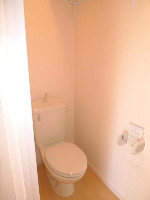 落ちつく雰囲気のトイレです